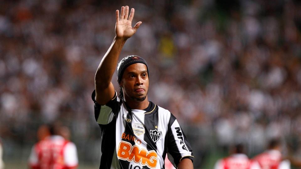 Mesmo sem jogar bem Galo domina o grupo. FOTO: AP Photo/Bruno Magalhaes