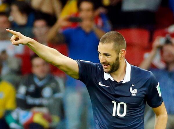 Sem Ribery, Benzema estreia com tudo e comanda vitória francesa. FOTO: FIFA