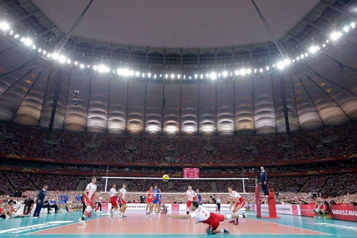 Polônia e Sérvia abrem o mundial no Estádio Nacional de Varsóvia. FOTO: FIVB