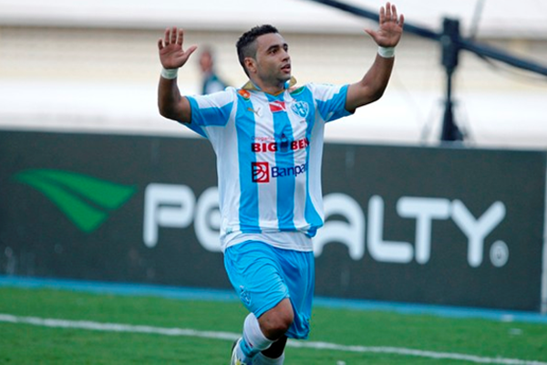 Bruno Veiga foi o destaque do jogo com dois gols para o Paysandu. FOTO: Akira Onuma/O Liberal