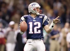 Tom Brady jogando seu primeiro Super Bowl