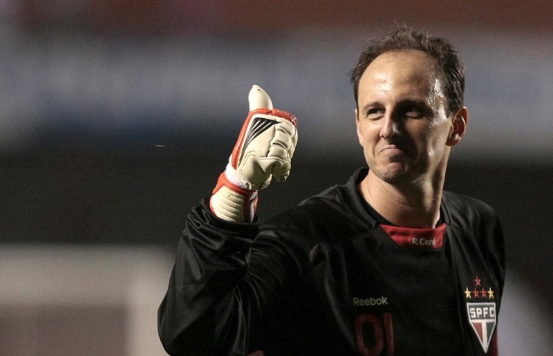O goleiro de 42 anos tenta levantar novamente a taça da Libertadores. FOTO: AP