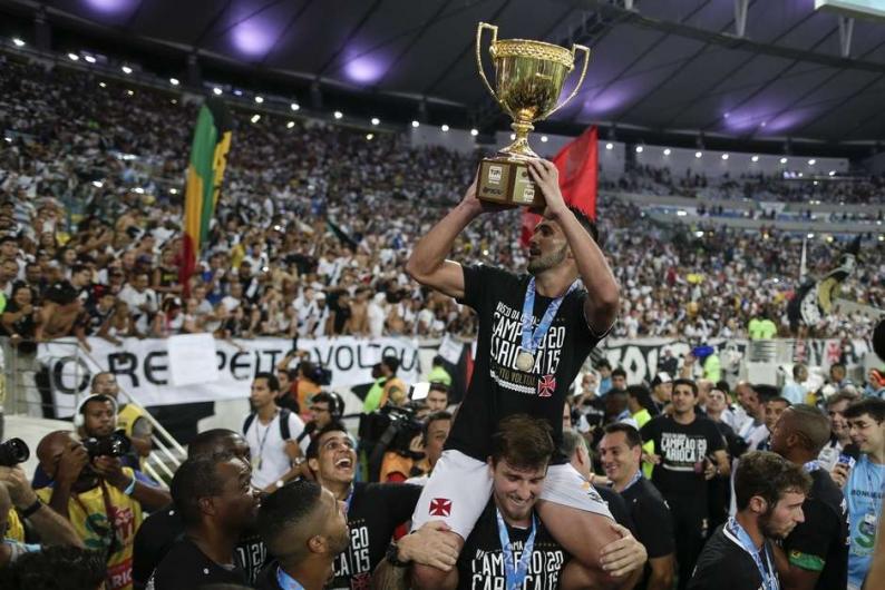 Vasco sai da fila, derrota Botafogo e conquista o Carioca. FOTO: Ferj