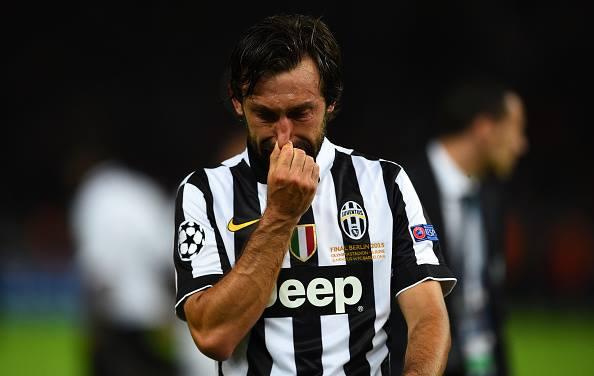 O choro do genial Pirlo após a derrota. FOTO: UEFA