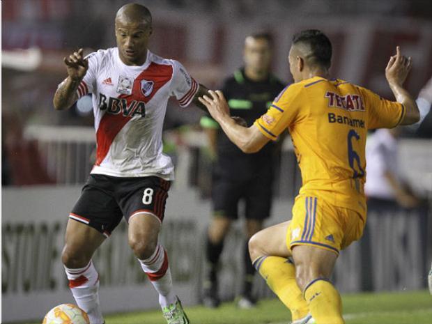 Confrontos entre River e Tigres na primeira fase renderam dois empates. FOTO: EFE