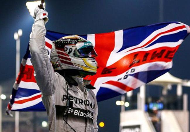 Hamilton faturou seu segundo troféu na Fórmula 1 em 2014. Foto: bleacherreport.com.