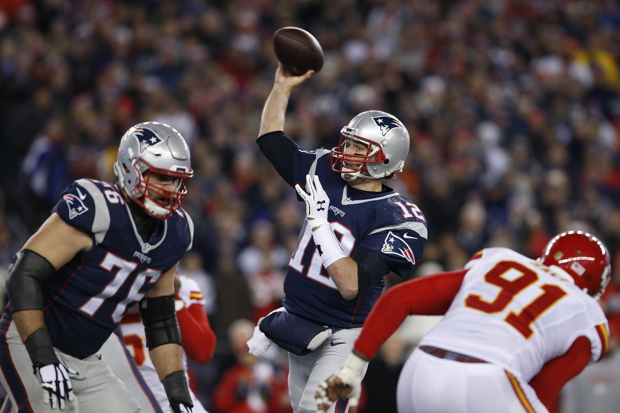 Brady e os Pats não dão chances aos Chiefs. FOTO: Reuters
