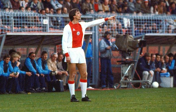 Cruyff com a camisa do Ajax. FOTO: Getty Images