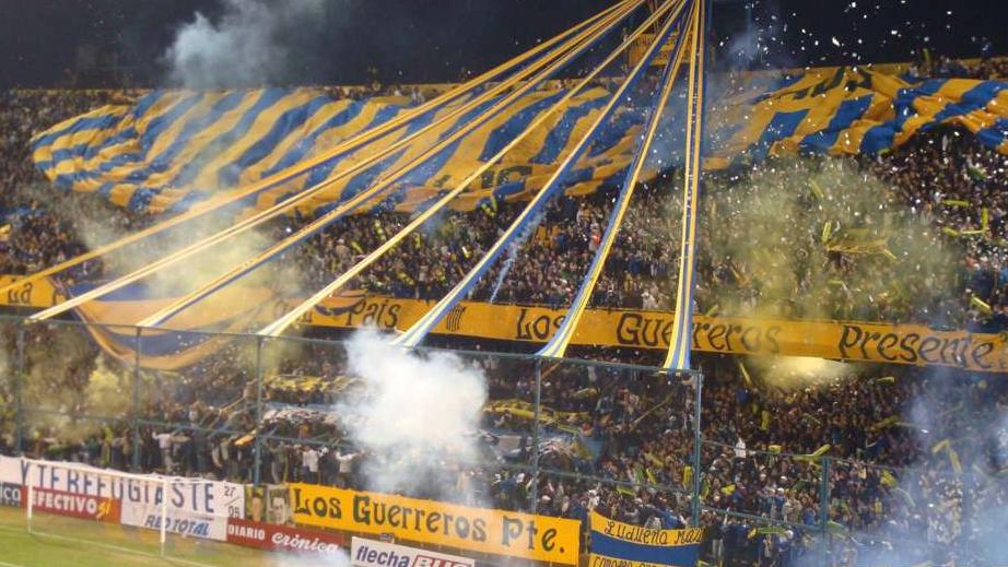 """O Caldeirão de Rosário voltou a fazer parte das """"canchas"""" da Livertadores. FOTO: Goal Argentina"""