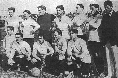 Uruguai de 1917 - a celeste olímpica dominou os primeiros anos da competição. FOTO: Wikipedia Commons