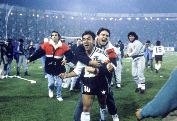 Invasão de estádio e festa sem precedentes do Colo Colo. FOTO: Elmol.com