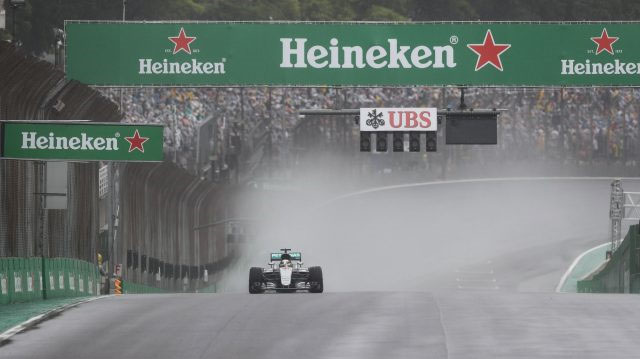 Lewis Hamilton vence o GP do Brasil de 2016. FOTO: formula1.com