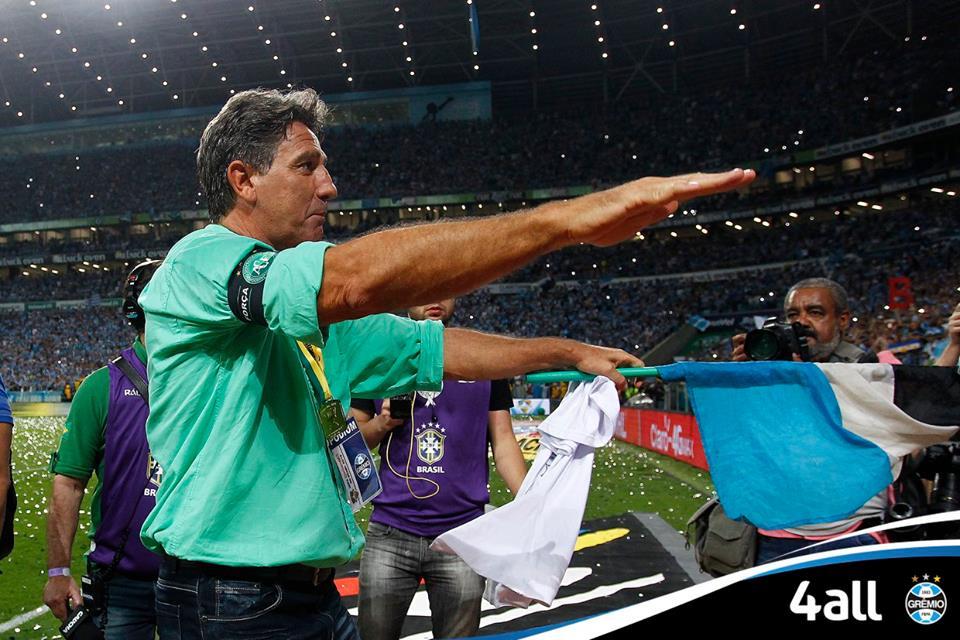 Renato intensifica seu caso de amor com o clube gaúcho. FOTO: Fanpage oficial do Grêmio