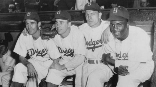 Jackie e os companheiros de Dodgers