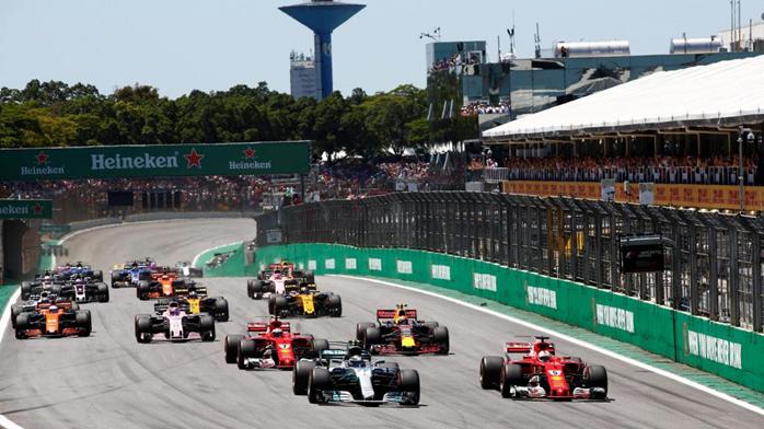 Largada do GP do Brasil de Fórmula 1.
