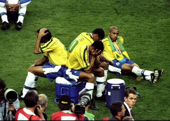Zidane celebra seu segundo gol.