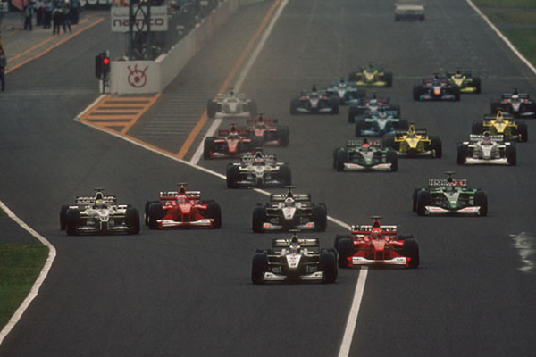 Largada do GP do Japão de 2000.