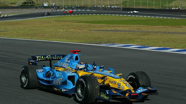 Alonso teve uma corrida sem sobressaltos e se tornava, naquele momento, o mais jovem piloto a ser bicampeão na Fórmula 1.